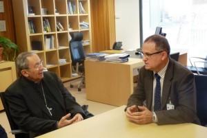 Encuentro Ángel Gómez, gerente de Gerencia Atencion Integrada y obispo Algora