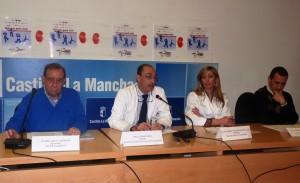 Javier García, secretario Alcer, José Antonio Rubio, Director Médico, Mª Carmen Vozmediano, nefróloga, Juan Carlos Muñoz coordinador de transplantes presentando la campaña